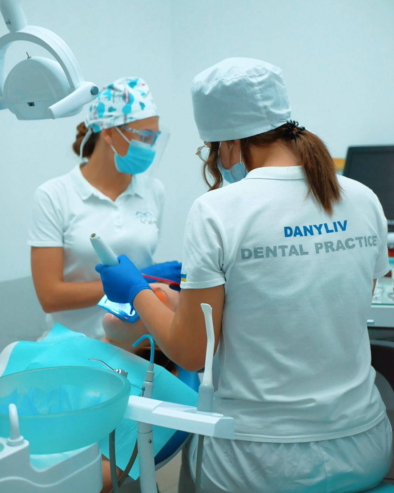 Лечение зубов Ирпень